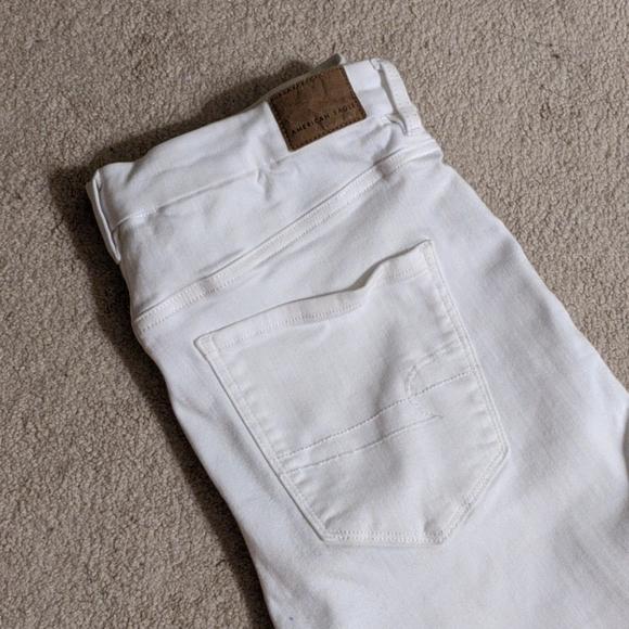 AE Curvy High Waisted White Skinny Jeans
